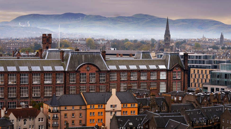 Edinburgh & Pentland Hills from the Castle