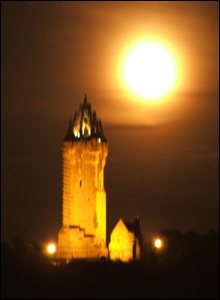 wallace Monument moon