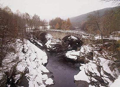 Winter - invermoriston - snow