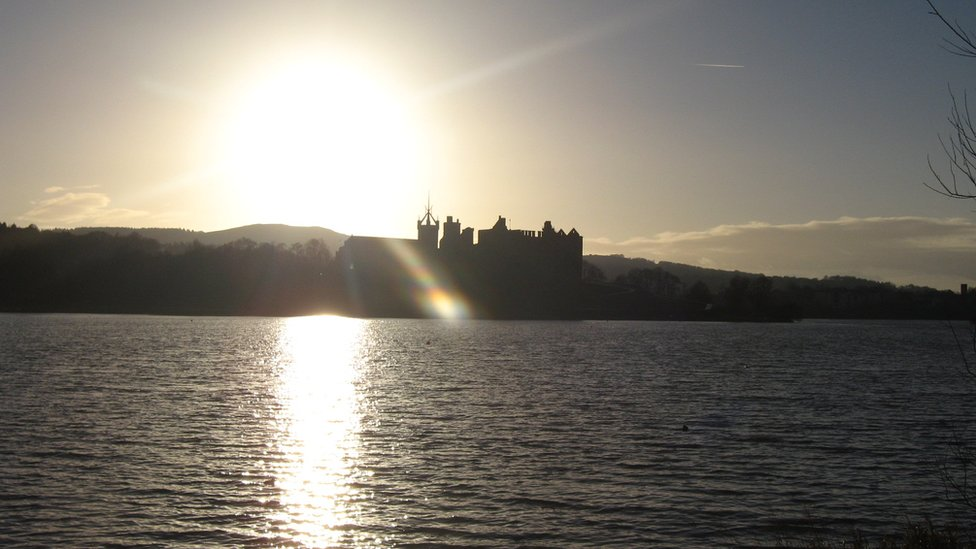 Winter - Linlithgow