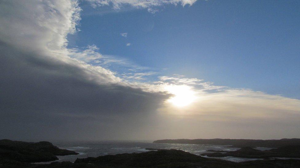 Winter - storm clouds approach Harris