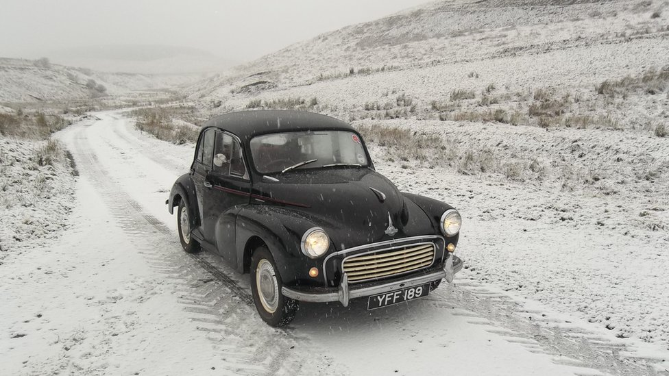 Winter - Teviothead with 1961 Morris Minor 1000