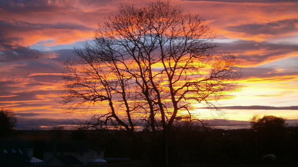 Winter - sunset over Glenrothes