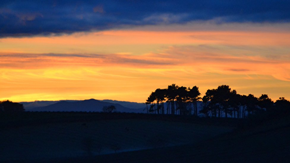 Winter - sunset over North Berwick