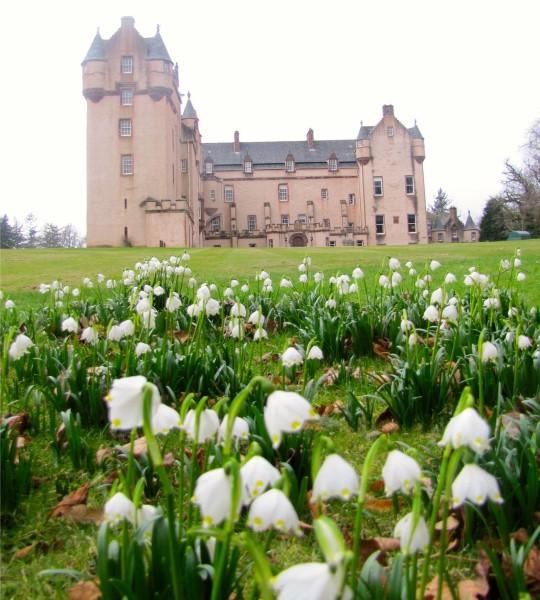 Spring - Fyvie Castle