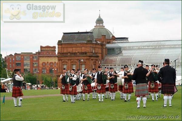 Glasgow - world pipe