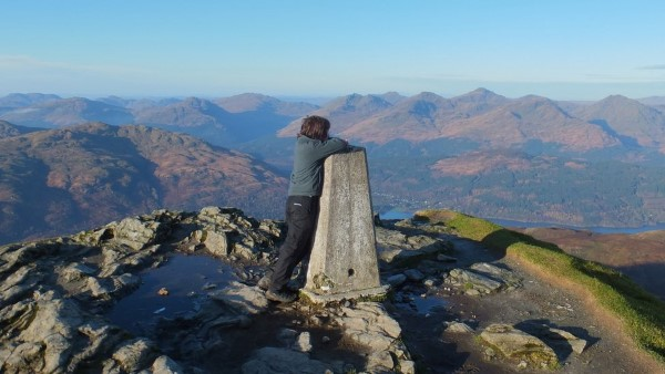 fall-ben-lomond-looking-to-the-arrochar-alps