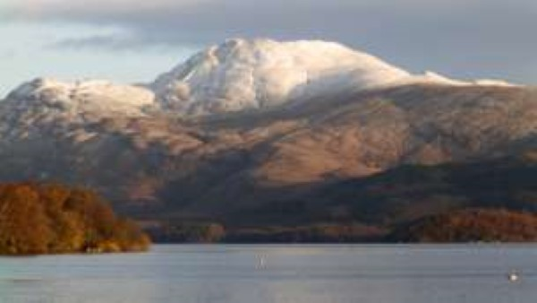 winter-ben-lomond-from-luss