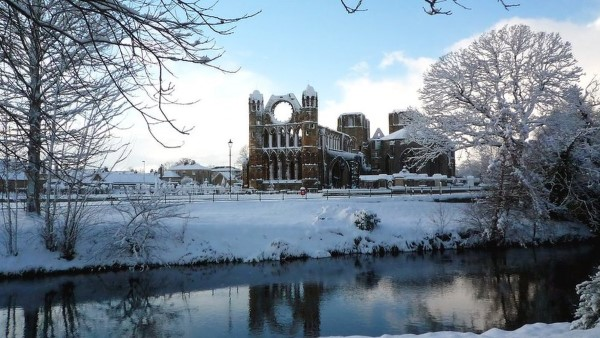 winter-elgin-cathedral
