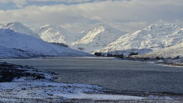 winter-loch-arklet-trossachs